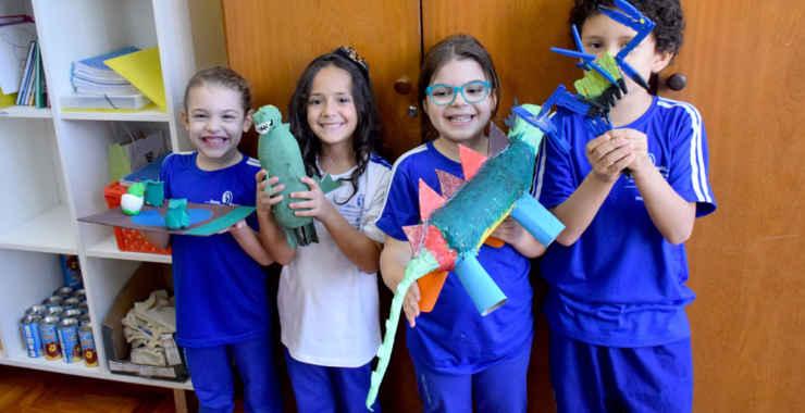 Dinossauros produzidos pelo 1° Ano